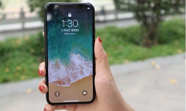 潘石屹:富士康员工生产苹果手机没有成就感 不如我做个木碗